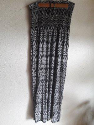 Blue Motion. Sommerkleid. schwarz/weiß.