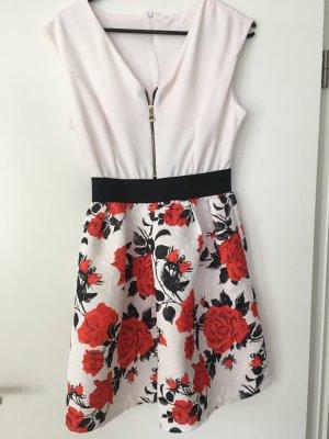 Blümchen Kleid
