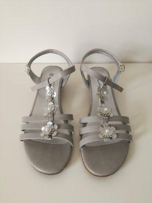Sandalo alto con plateau argento