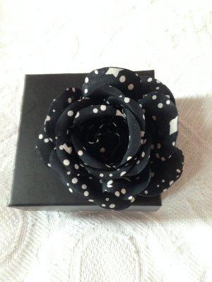 Blüte zum Anstecken von Rena Lange neu