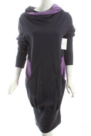 blütezeit berlin Kapuzenkleid dunkelblau-lila Street-Fashion-Look