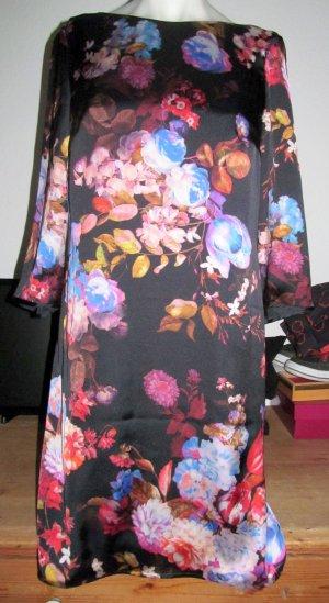 Blumekleid von Marie Lund