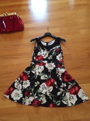 Blumemkleid aus Italien