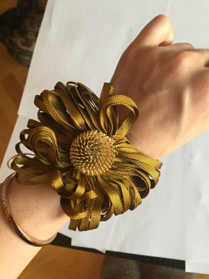Blumen Armband, vergoldet