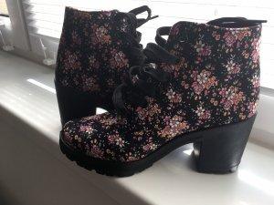 Blumen Boots / Stiefel