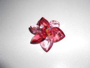 Blumen Brosche rot
