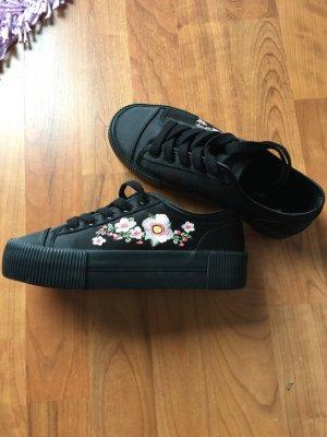 ❤️ Blumen Sneaker in 36