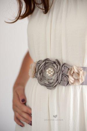 Cinturón de tela gris-color plata