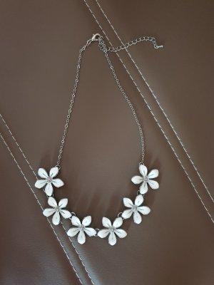 Cadena de plata blanco