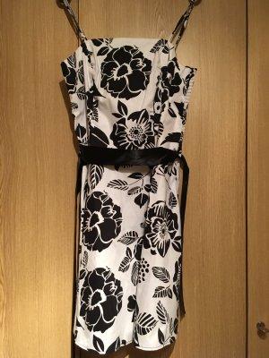 Blumenkleid schwarz/weiß