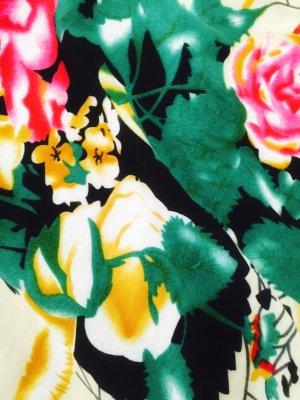 Blumenkleid von Yumi Coutoure