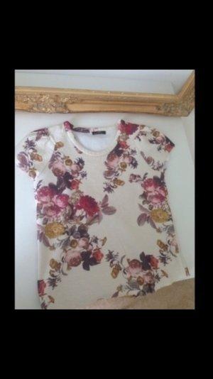Blumenprint t-Shirt von ZARA