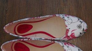Bershka Ballerines blanc-rouge