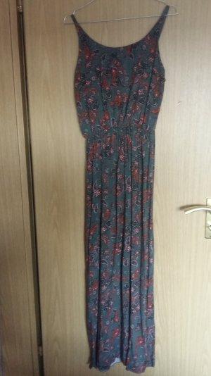 Blumiges, langes Sommerkleid