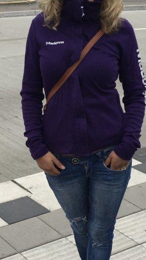 Empiècement de blouses violet foncé