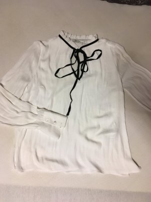 Bershka Long Sleeve Blouse white-black