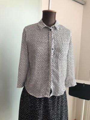 Cuello de blusa blanco-gris antracita