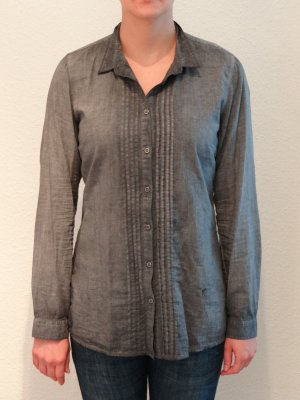 Bluse, grau, Emily van der Bergh, Gr. 40.