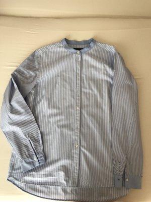 Bluse hellblau gestreift