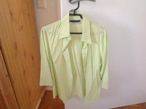 Bluse hellgrün mit dreiviertel Arm