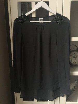 Bluse in anthrazit mit Perlen an den Schultern •Vero Moda• •NEU•