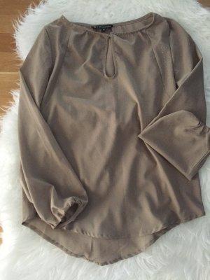 Bluse in eine hellen Khaki-Farbe