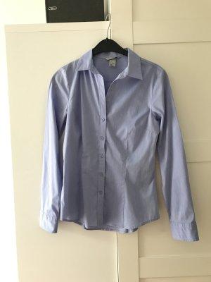 Bluse in hellblau Gr. 38