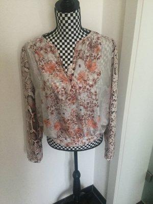 Bluse Mango Suit Gr. L floral Blumen Leo Muster, passt 36-kleiner 42 Tolle Bluse von Mango Suit in Gr. L  Super Zustand angenehmer Stoff wie Seide