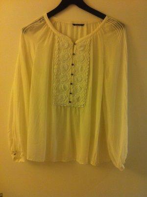 Bluse mit Biesen und schönen Details