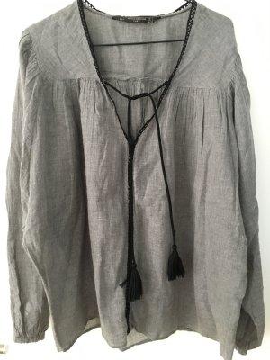 Bluse mit Bindekordeln