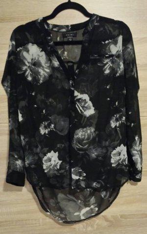 Bluse mit Blumen schwarz