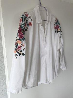 Bluse mit Blumenstickereien Gr.36/38