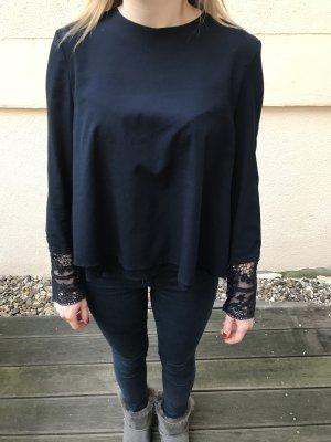 Bluse mit Details aus Spitze (Zara)