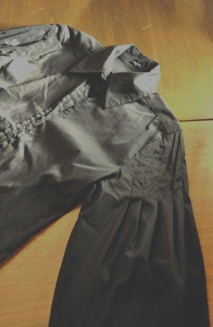 Bluse mit gebauschten Ärmeln