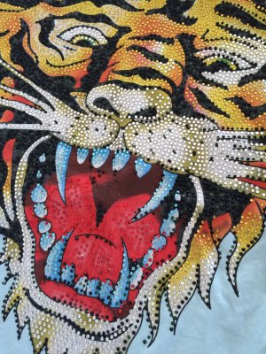 Bluse mit Glitzerdruck Tiger von Ed Hardy