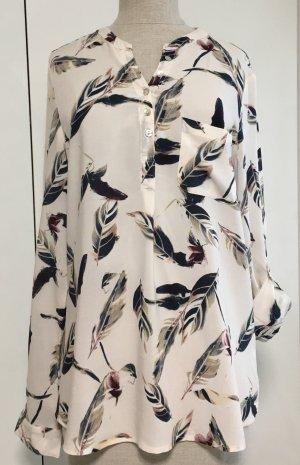 Bluse mit hübschen Muster