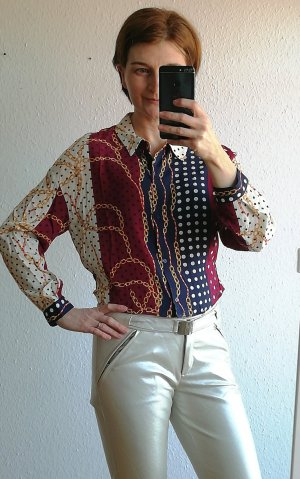 Bluse mit Kettenprint, Aktuelle Kollektion