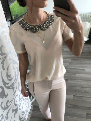 Bluse mit Perlenkragen