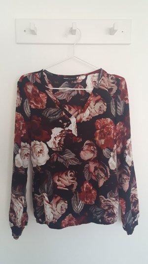 Bluse mit schönem Blumenmuster