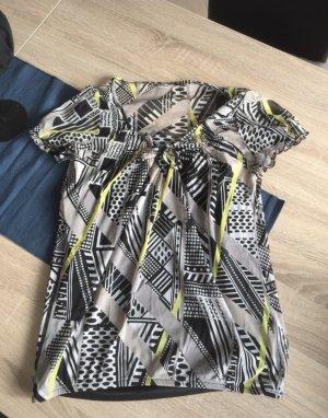 Bluse mit schwarzen Top
