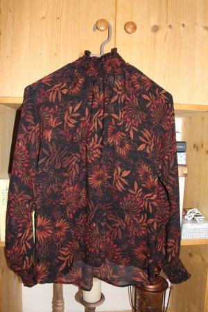 Bluse mit Stehkragen und Rückenausschnitt