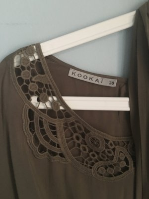 Bluse mit süßen Details
