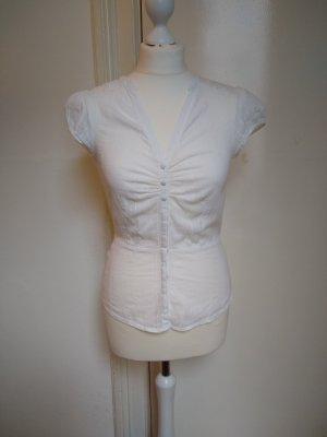 Bluse mit Taillenbetonung