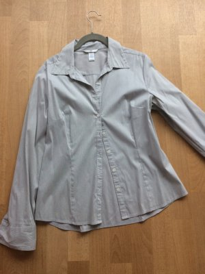 Bluse mit zarten Streifen