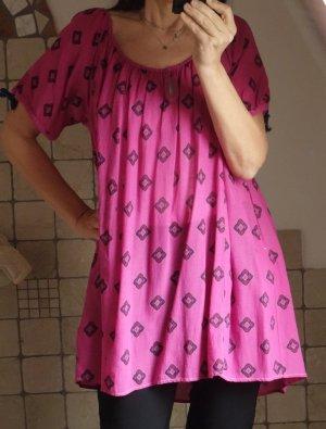 Bluse, pink, gemustert, schöner Ausschnitt, A-Linie, weit, kurzarm, mit Bändchen und geflochtenem Bändchen am Ausschnitt, sehr schöne, leichte Qualität, NP 79,90, neu, ungetragen, Gr. M/L/XL