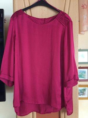 Bluse purpur leicht durchscheinend.