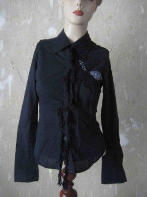 Bluse schwarz von Stradivarius mit tollen Applikationen - punky Look
