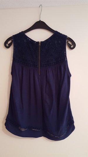 bluse von s oliver in dunkelblau mit spitze