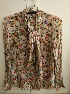 Bluse von Zara mit Blumenmuster 100% Seide Gr. S ungetragen!