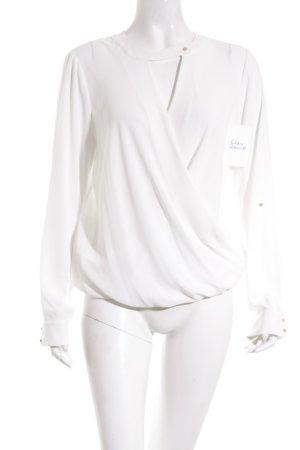 Blusa blanco estilo clásico